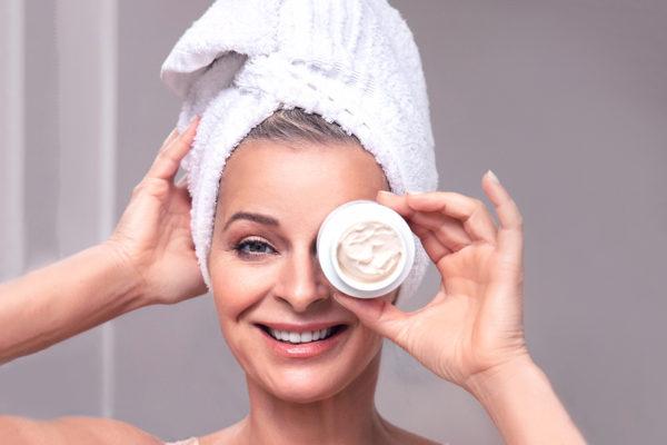 Richtige Pflege reifer Haut